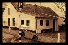 durgerdam (Jeroen Stroes Photography) Tags: house holland amsterdam huis woodenhouse durgerdam ijsselmeer noordholland woning bakfiets amsterdamnoord houtenhuis traditionelewoning