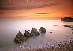 Between a rock and a hard place (Stu Patterson) Tags: stupatterson trow rocks south shields seascape sunrise