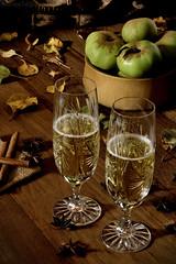 A toast for a  happy new year. (Beatriz-c) Tags: toast brindis año nuevo new year cider sidra copas cups glass green still life bodegón