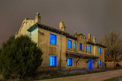 La casa de la luz azul (Roberto_48) Tags: noche nocturna larga esposicion fontioso tren estacion burgos castilla
