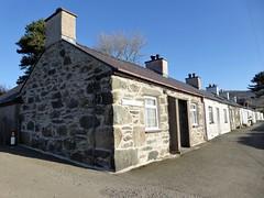 Terraced Houses At Tan-y-foel (Dugswell2) Tags: terracedhouses tanyfoel