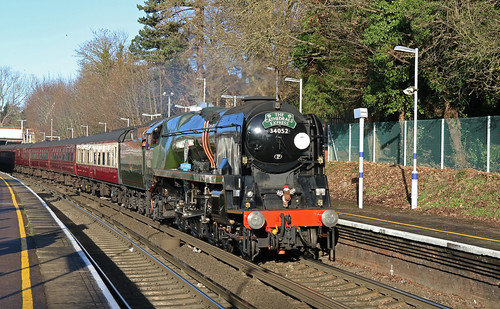34052 Lord Dowding - The Cathedrals Express
