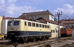 110 165  Passau  28.03.85 (w. + h. brutzer) Tags: passau eisenbahn eisenbahnen train trains deutschland germany elok eloks railway lokomotive locomotive zug db 110 e10 webru analog nikon