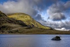 Llyn Idwal (GarethBell) Tags: llynidwal cwmidwal northwales wales gwynedd ogwenvalley water mountains godscountry canoneos450d canon cymru green outdoors outsde clouds sky hdr