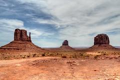 Monument Valley Navajo Tribal Park - USA (F.eelphoto.fr) Tags: usa landscape utah navajo