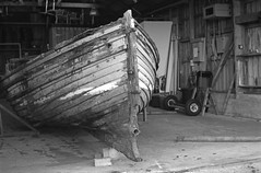 Norna (Ilford FP4 Plus Nov15 mod 21) (AngusInShetland) Tags: norna hmsoceanic rmsoceanic shetlandmuseumandarchives lerwick shetland haysdock oceanic foula lifeboat 35mm bw canoscan5600f analogue analog ilfordfp4plus fp4 ilford itsnotacapture