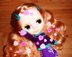 Hearts! (16/30--Buttons, Zippers, or Laces) (Bebopgirl1969) Tags: pink purple heart buttons blythe vinterarden