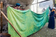 (Role Bigler) Tags: schweiz switzerland suisse schloss burg emmental mittelalter mittelaltermarkt schlossburgdorf castleofburgdorf canoneos5dsr advensmarktburgdorf2015 frberey httpwwwschoenfaerbereych