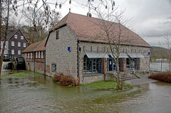 Belecke, Sttings Mhle (RainerV) Tags: germany geotagged nikon deu nordrheinwestfalen hochwasser d300 warstein stadtbcherei bcherei 15121 belecke sttingsmhle rainerv geo:lat=5148473359 geo:lon=833496720