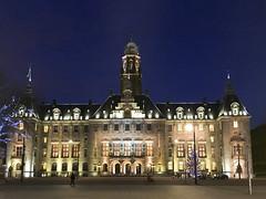Het stadhuis van Rotterdam (Dimormar!) Tags: stadhuis cityhouse rotterdam coolsingel christmastime kersttijd bluehour hetblauweuur avondopname iphone6