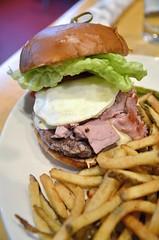 Burger of the Week (jpellgen) Tags: tinydiner mpls minneapolis mn minnesotsa usa america 2017 february winter midwest restaurant diner food foodporn nikon d7000 burger hamburger cheeseburger fries