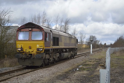 DB Cargo 66110 at Dinnington Junction