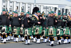 (lcross4) Tags: asbury park st patricks parade 2017 bagpipes kilts marching