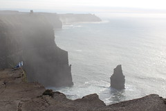 The Cliffs of Moher - County Clare, West Ireland (Douglas Pfeiffer Cardoso) Tags: ireland canon europe cliffsofmoher countyclare westireland northatlanticocean republicofireland eos100d 2015irelandroadtrip