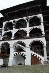 2015_Rila_4391 (emzepe) Tags: building yard court courtyard inner treppe monastery rila staircase augusztus bulgarie udvar 2015 bulgarien nyr bels plet  folyos  lpcshz   bulgria kolostor rilai
