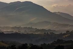 Amanecer (José M. Arboleda) Tags: amanecer salidadelsol sunrise buruma paisaje montaña popayán eos josémarboledac ef400mmf56lusm markiii canon colombia 5d