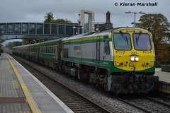 223 passes Portlaoise, 30/10/15 (hurricanemk1c) Tags: irish train gm rail railway trains movember railways irishrail 201 223 generalmotors portlaoise 2015 emd iarnród éireann iarnródéireann 1500heustoncork