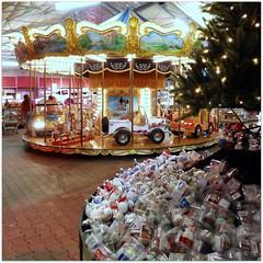 DSCI8474_ShiftN (aad.born) Tags: christmas xmas weihnachten navidad noel  tuin engel nol natale  kerstmis kerstboom kerst boi kerststal  kribbe versiering kerstshow  kerstversiering kerstballen kersfees kerstdecoratie tuincentrum kerstengel  attributen kerstkind kerstgroep aadborn nativitatis
