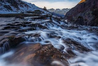 Cascada en el valle de Aguas Tuertas