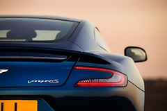 Aston Martin Vanquish S -05