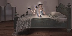 And of course, I had to test the bed.... (gwen.enchanted) Tags: maitreya catwa avenge emotions wiccaswardrobe aisha mandala mesange colescorner empyreanforge violetility deathrowdesigns