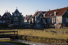 20170121-IMG_2457 (SGEOS@EARTH) Tags: marken holland zuiderzee ijsselmeer water sun lucht sky vuurtoren lighthouse winter canon
