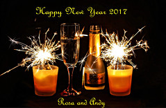 Happy New Year 2017 to all my Contacts, Friends and the whole flickr -Team (Andy von der Wurm) Tags: happy new year 2017 greetings grüse gruesse frohes neues jahr andyvonderwurm andreasfucke hobbyphotograph black background indoor sparkling