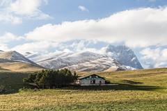 Gran-Sasso-12-ottobre-2016-(129) (Giancarlo Vetrone) Tags: gransasso rifugioracollo abruzzo italia italy montagna mountain nuvole neve snow cielo colori clouds paesaggio landscape