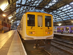 Class 319450 (Blundell Photography) Tags: br class 319 319450 liverpool lime street unbranded arriva northern old british rail new