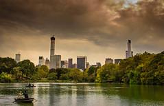 Central Park Lake (NYC) (Antibetiks) Tags: park nyc lake newyork skyline lago barca ship cloudy centralpark nublado nuevayork