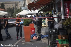 Palestinian youth killed, Damascus Gate, Jerusalem, 10.10.2015 (Activestills) Tags: youth death jerusalem attack police oldcity eastjerusalem borderpolice topimages annepaq