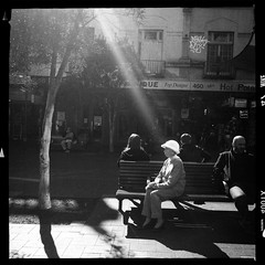 a chosen one (Albion Harrison-Naish) Tags: sydney streetphotography australia newsouthwales unedited iphone bondijunction sooc straightoutofcamera sydneystreetphotography hipstamatic aodlxfilm iphone5s lowylens albionharrisonnaish