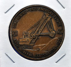 Arch Mineral Token 1979 (front) (Coalminer5) Tags: mining token coal stripmine coalminer coalmining stripmining surfacemine surfacemining miningartifacts archmineral stripminer coalmemorabilia surfaceminer miningmemorabilia miningcollectible coalcollectible