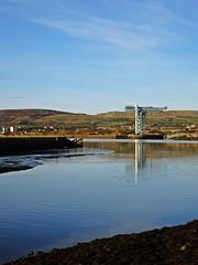 Corner (Bricheno) Tags: reflections river scotland riverclyde clyde crane escocia cart szkocja schottland clydebank scozia rivercart cosse kilpatricks titancrane yoker  esccia   bricheno scoia