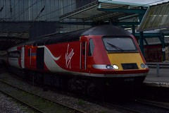 Virgin East Coast 43208 at Carlisle 14/11/15 (CraigPatrick24) Tags: station train transport rail railway virgin locomotive carlisle diversion hst virgintrains highspeedtrain divert class43 43208 powercar lincolnshireecho carlislecitadelstation virgintrainseastcoast virgineastcoast