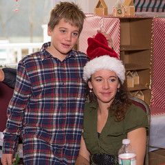 151205_428 (MiFleur...Thank You for 1 Million Views) Tags: christmas children crafts santaclaus candids specialevent colebrook santasworkshop santasworkishop2015