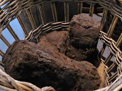 Peat in a basket, Maritime museum Sneek (Alta alatis patent) Tags: scheepvaartmuseum sneek museum maritime peat basket