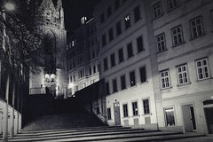 Waiting for the forth man (No_Mosquito) Tags: monochrome black white urban vienna wien austria city night dark street third man life canon powershot g7x mark ii stairs long exposure maria am gestade