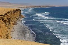 Klify w Rezerwacie Narodowym Paracas | Paracas National Reserve