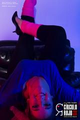Sara Cámara - Años 80-9 (Ardo Gwyddon) Tags: 80s años80 círculorojo círculorojoproaud estudio historiadelmaquillaje makeup maquillaje moda portrait produccionesaudiovisuales retrato rojo saracámara azul brunette interior maquillajeaños80 modelo morena ojoscastaños sentada sillón sillóndecuero sillóndecueronegro woman