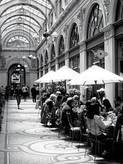 Gallerie Vivienne, Paris (shadow_in_the_water) Tags: passage mosaic café tearoom apriorithé blackwhite bw noiretcblanc 1833 negroyblanco marchoux francoisjeandelannoy gallerievivienne ruedebanque paris france