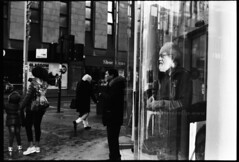 Window Gazer (stuedwards_filmmaker) Tags: photography peoplemakeglasgow portrait people pushstop window stuedwards street streetscenes gazer blackwhite blacknwhite35mm blackwhite35mm glasgow glasgowphotography grainyimage grain night kodak kodaktrix streetportrait streetphotography stuartedwards p