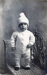 old photo circa 1921 (qorp38) Tags: bob 1921 or vintage toddler sweater wicker hat