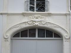 Villa Elisabeth (1905) - 16 rue de La Rochelle, Châtelaillon-Plage (17) (Yvette G.) Tags: architecture artnouveau villa 17 belleépoque charentemaritime chatelaillonplage poitoucharentes villaélisabeth