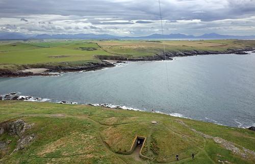 Barclodiad y Gawres - Ynys Môn / Anglesey