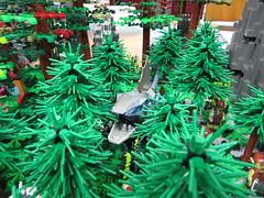IMG_6861 (LUG Festibriques) Tags: montagne dragon lego exposition fantasy hotdogs jeu caverne fantastique auxerre 2015 scoubidou festibriques