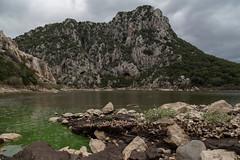 lago verde (Giovanni Paddeu) Tags: sardegna cloud green canon landscape sardinia s exploration paesaggio 6d dorgali giottos 24105l cavaletto giovannipaddeu