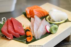Momiji cocina japonesa (sashimi) (MaxiKohan) Tags: food cooking valencia sushi cuisine japanese restaurant sashimi comida momiji japanesecuisine mercadodecolón cocinajaponesa maxikohanphotography
