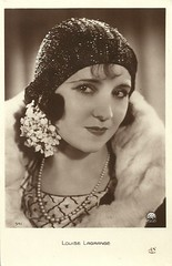 Louise Lagrange (Truus, Bob & Jan too!) Tags: 1920s cinema france film sepia vintage french star 1930s silent postcard screen an louise sound actress movies franais paramount lagrange sonore filmstar tonfilm schauspielerin actrice franaise louiselagrange