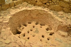 (orientalizing) Tags: italy workshop sicily kiln agora archaeologicalsite morgantina fifthcentury classicalperiod archaia potterykiln updraughtkiln serraorlando
